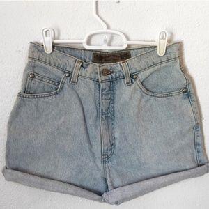 Rare Levi's 900 Series High Waisted Denim Shorts